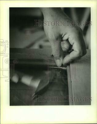 1988 Press Photo Wooden moldings to hold glass panes for Riverfront streetcars