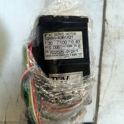1PC Used Yaskawa SGMAH-A3B1A21 Tested In Good Condition