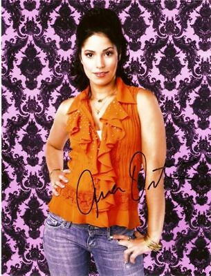 Ana Ortiz 10x8 inch signed photograph