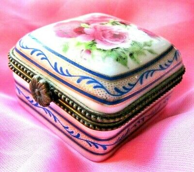 """Vintage """"Jonglea's Collection""""Pink & Red Square Trinket/Pill Box"""