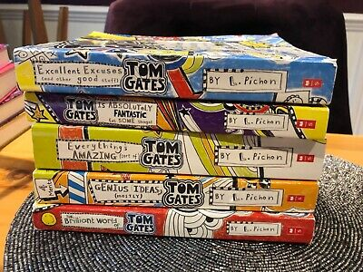 Tom Gates by Liz Pichon Collection of 5 paperback books in Very Good Condition