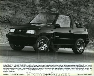 1990 Press Photo 1990 Model Chevrolet Geo Tracker Convertible Lsi Automobile