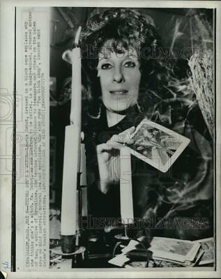 1974 Press Photo Laurie Cabot, dressed as a witch, Salem, Massachusetts