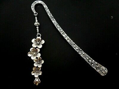 A Pretty Tibetan Silver Flower Themed Bookmark. New. 12Cm