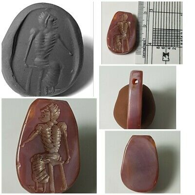 Very nice old agate intaglio bead