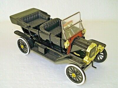 NATIONAL MOTOR MUSEUM MINT FORD MODEL T CAR - VERY NICE DETAIL SEE PHOTO's