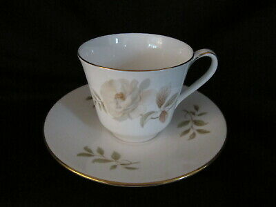 Royal Doulton YORKSHIRE ROSE H5050 - Teacup and Saucer - BRAND NEW
