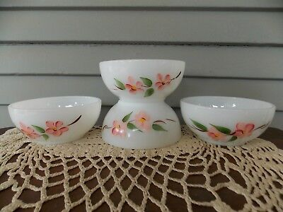 Set of 4 Vintage Fire King Ovenware Gay Fad Blossoms Chili Cereal Bowls