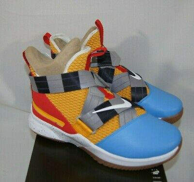 bf03f71a251 New Nike LeBron Soldier XII 12 FlyEase SIZE 10 Toy Story Woody Ed AV6372-700