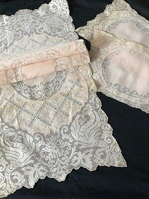 Lovely Italian  Table Runner ,placemats With Reticella Lace, Embroidery,gryphons