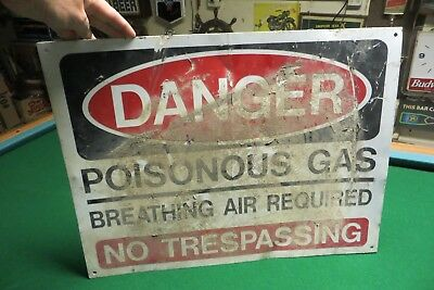 Danger Poisonous Gas,Breathing Air Required No Trespassing Sign From Oil Minning