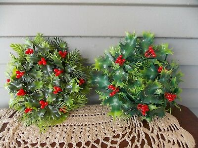 Christmas Candle Rings.Lot Of 2 Vintage Plastic Christmas Candle Rings Holly Berries 1 Glittered