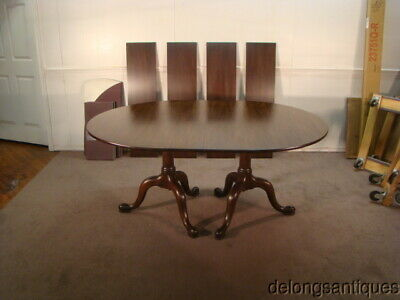 52217:Henkel Harris Solid Mahogany Dining Table w/ 4 Leaves & Table Pads
