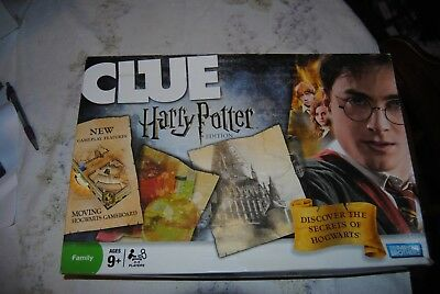 CLUE Harry Potter Edition Edition Moving Game Board Complete Hogwarts Complete