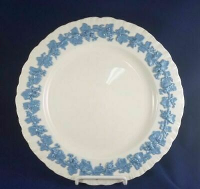 "Vtg Wedgwood QUEENSWARE Lavender on Cream 6-1/4"" Salad Dessert Plate Shell Edge"