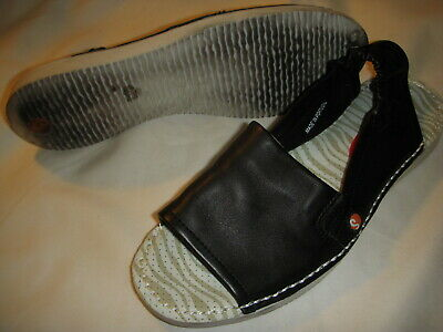 6be841a8148c SOFTINOS BY FLY London Tee Leather Slip-On Sandals Women s 38 Black ...