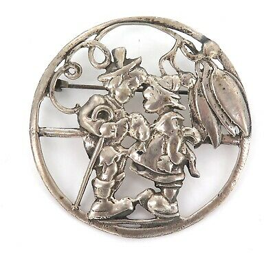 .LARGE / EARLY 1900s ART NOUVEAU STERLING SILVER BROOCH.