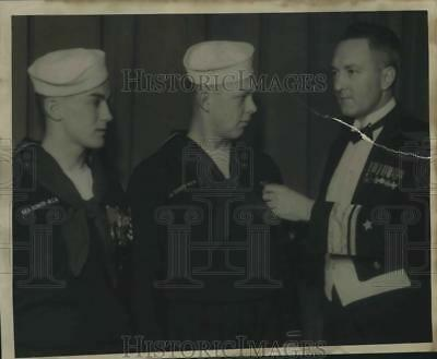 1935 Press Photo Racine Sea Scouts- Joseph Moriarty, Anthony Bogus, Admiral Byrd