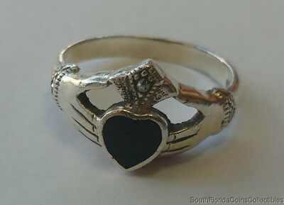 Estate Jewelry Beautiful Ladies Claddagh Ring .925 Sterling Silver Size 7.25