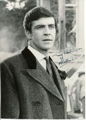 Alan Bates 10x7.5 inch early signed photograph