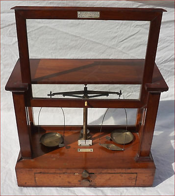 Becker's Sons Rotterdam Mahogany Brass Apothecary Medical Scale
