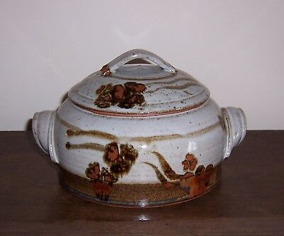 Hand thrown Art Pottery covered casserole / dish / bowl - Red Clay Stoneware