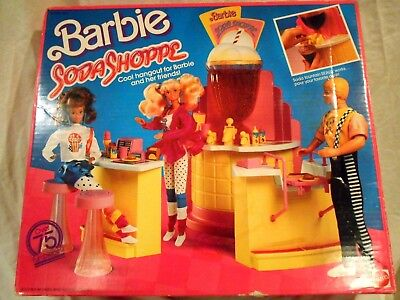 1988 Mattel Barbie Soda Shoppe w/Original Box
