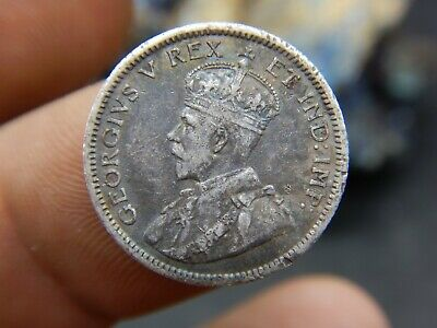 Nice 1911 10 Cent Coin Canada George V Ten Cents .925 Silver. VF+ Condition