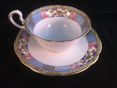 Aynsley Bone China Floral Art Deco Gold style Flowers Tea Cup Saucer Set 1920's