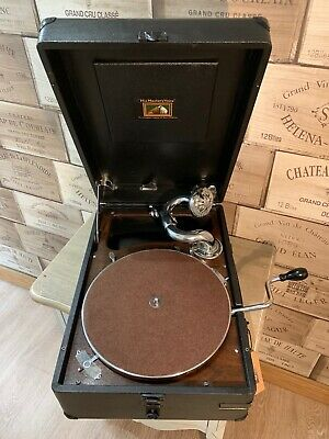 Excellent His Master´s Voice  Gramophone  HMV 102 D with extras see video