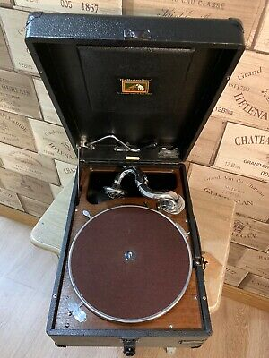 Superb His Master´s Voice  Gramophone  HMV 102 D with key and extras see video