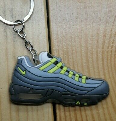 PORTE CLÉS NIKE Air Max 95 OG Neon Keychain Sneakers accessories ...