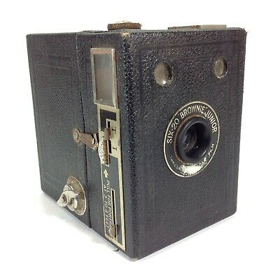 Vintage Kodak Six-20 Junior Box Brownie Camera