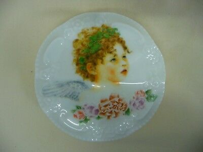 Vintage Porcelain Round Trinket Box Angel Face And Flowers On Scalloped Edge Lid