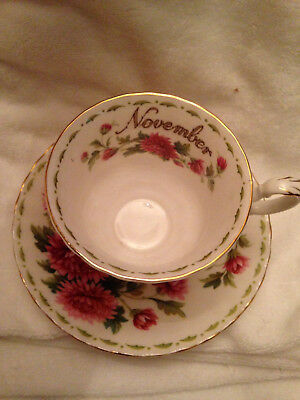 Royal Albert English Bone China Chrysanthemum Flower November Tea Cup Saucer Set