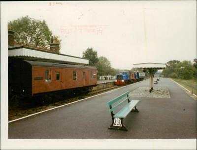 The platform at school country North Elmham. - Vintage photo