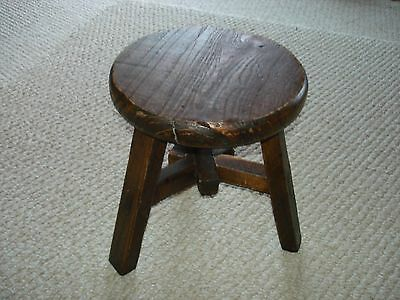 Arts and Crafts mission style hand made round foot stool three legs 19th cent.