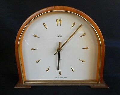 Vintage SMITHS ENGLISH CLOCKS LTD REFURBISHED MANTLE CLOCK - BATTERY OPERATED