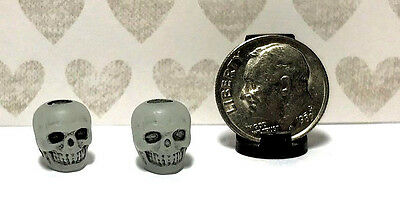 5 Per Set Plastic Dollhouse Miniature Skull Beads Can Be Any Scale