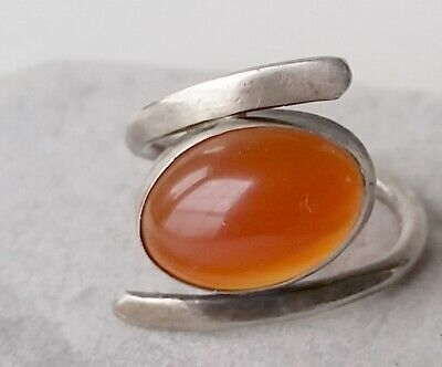 Beautiful, Art  Deco, Vintage Carnelian Cabochon Sterling Silver Ring Size 7¼