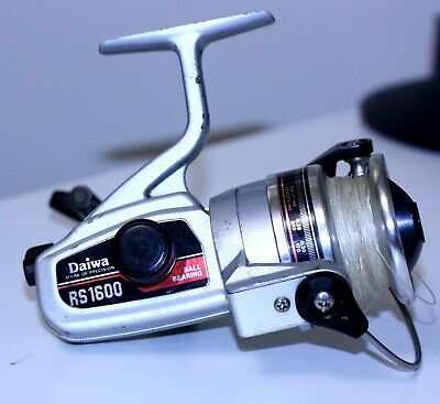 bcc3edf2053 Vintage DAIWA RS 1600 KOREA Spinning Spin Fishing Reel Surf Pier Boat RS1600