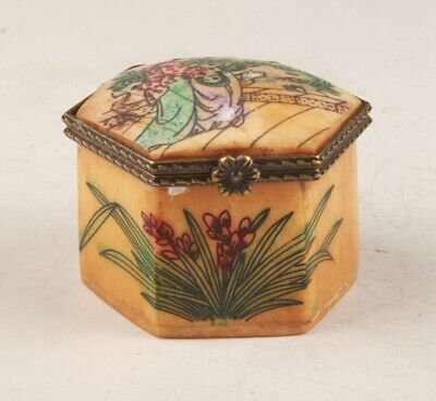 Precious Chinese Cattle Bone Jewelry Box Hand-Painted Beauty Decorate Old Gift