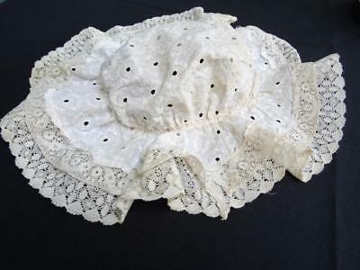Vintage 1970s Young Girls Mob Cap - Embroidered White Cotton & Crochet Lace
