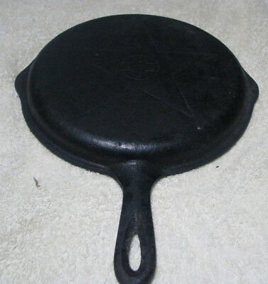 Vintage Lodge 4 in 1 Star Cast Iron Lid for Chicken Fryer Skillet - Used