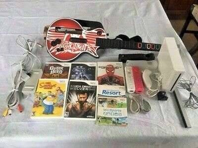 Nintendo Wii White Console Bundle w/ Aerosmith Guitar Hero,3 Controllers,7 Games