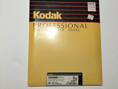"Kodak 8x10"" Polymax Fine Art  b&w  photo dev. paper 25 sheets. Glossy Fd"