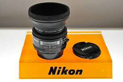 Nikon AF-Nikkor 50mm f/1.8 Ai-s auto focus lens. Great EXC+ cond. +filter+hood