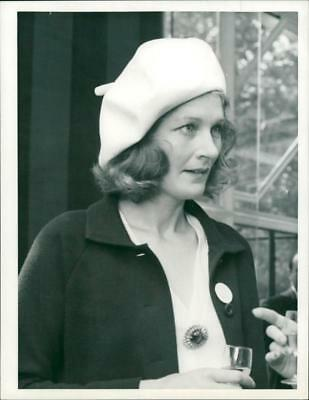 Viscountess Astor - Vintage photo