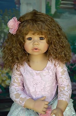 """Masterpiece Dolls Sleeping Beauty Brown Wig Fits Up To 20/"""" Head"""