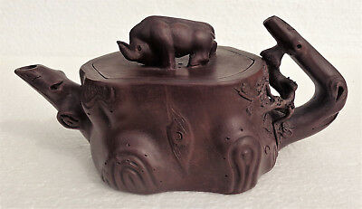 CINA (China): Old and very fine Chinese Yixing teapot
